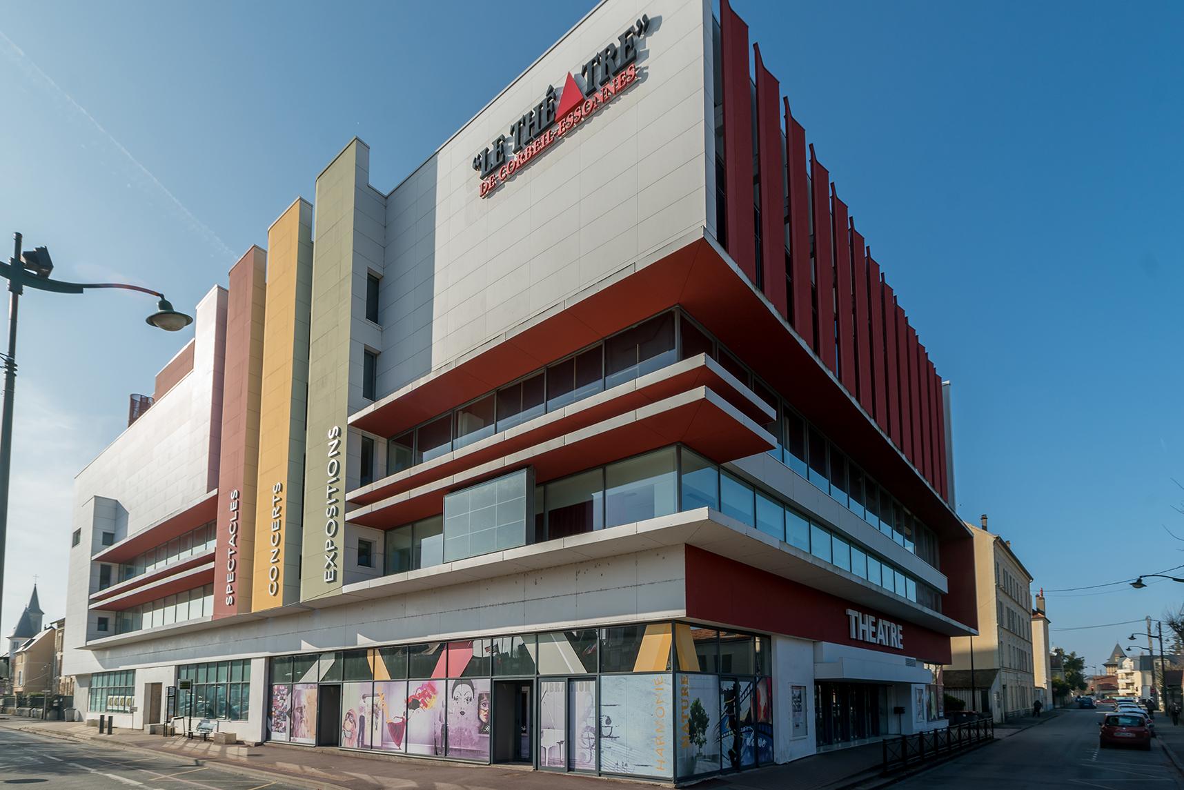 SERTAC Theatre de Corbeille almaphotos-09556_web.jpg