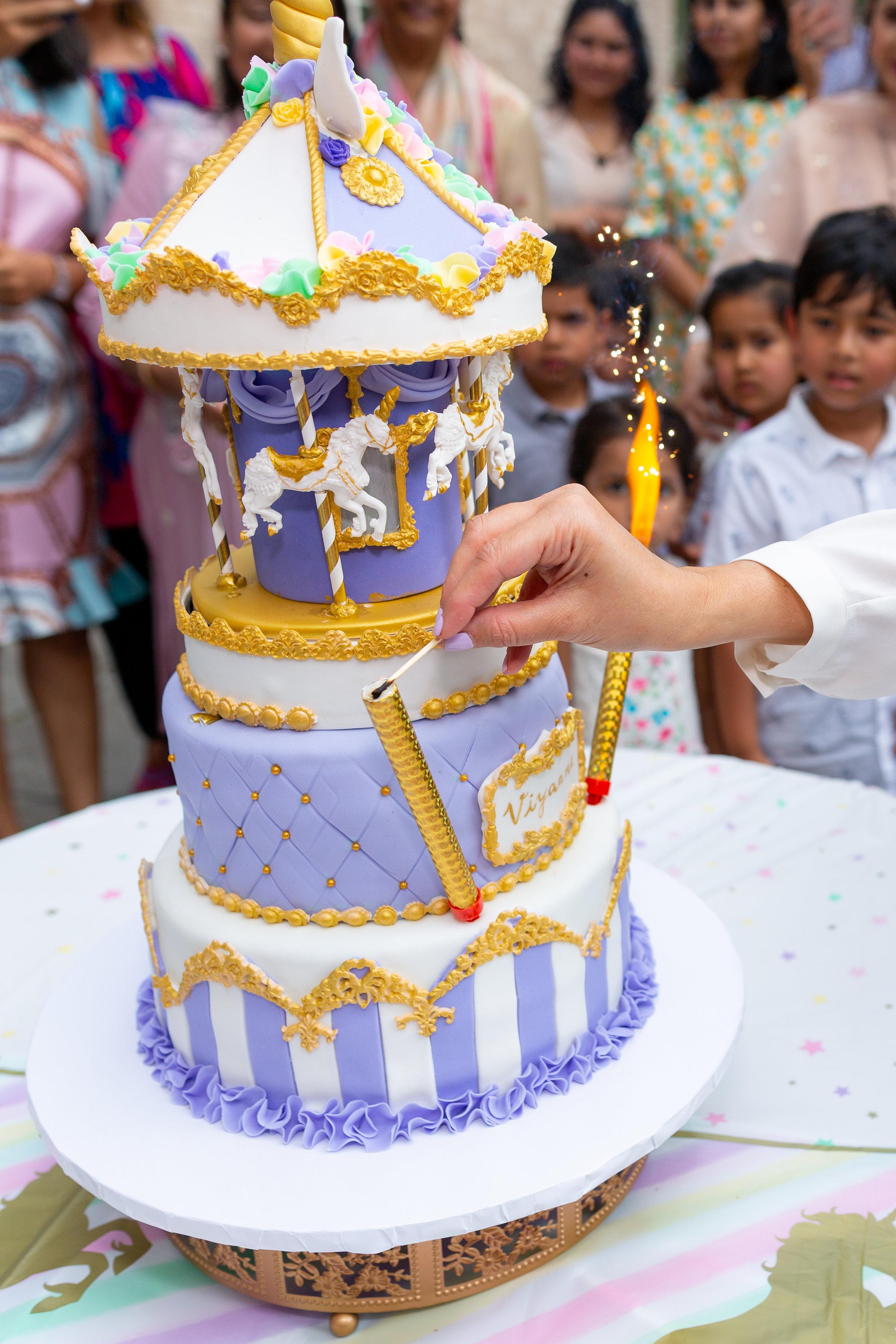 viyaana cake.jpg
