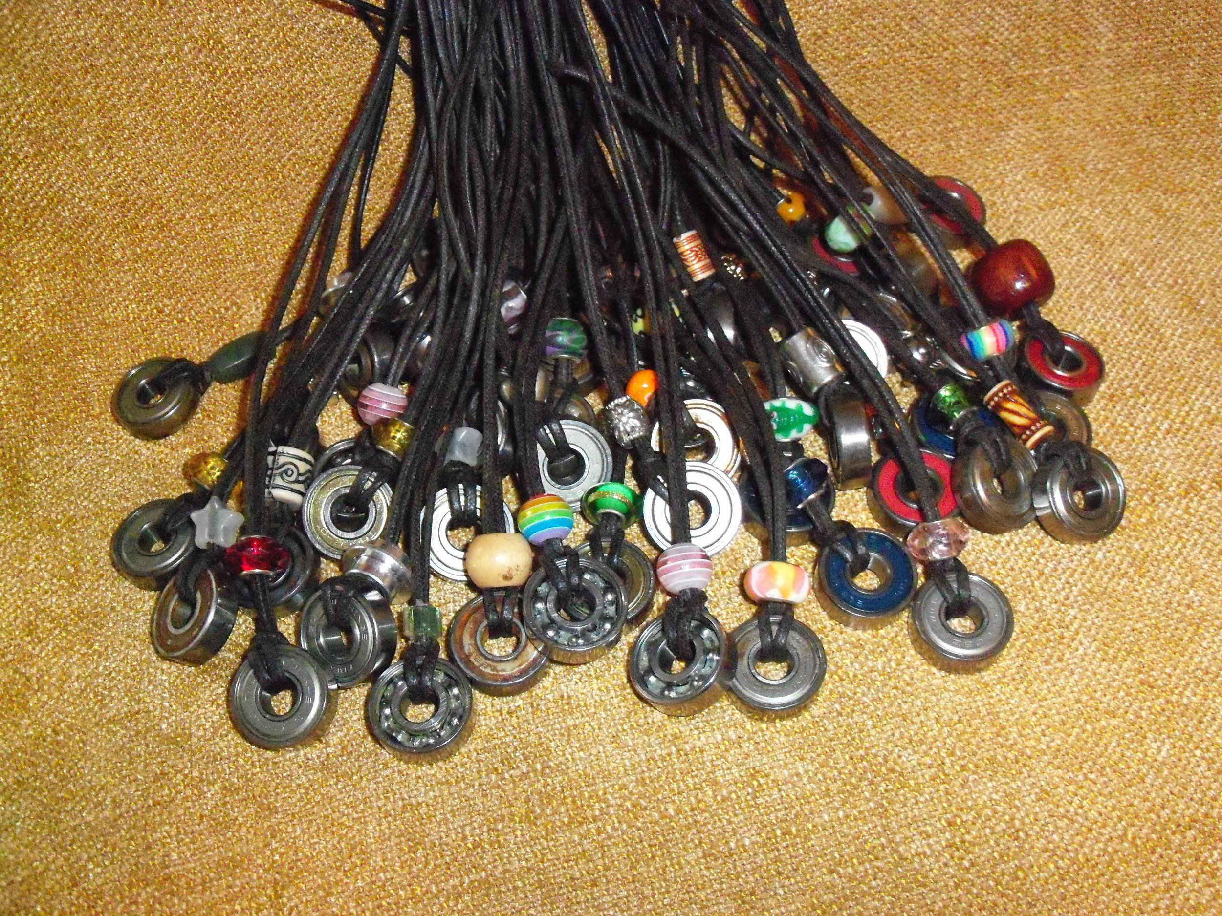 f310915726bd-bearing_necklaces.JPG