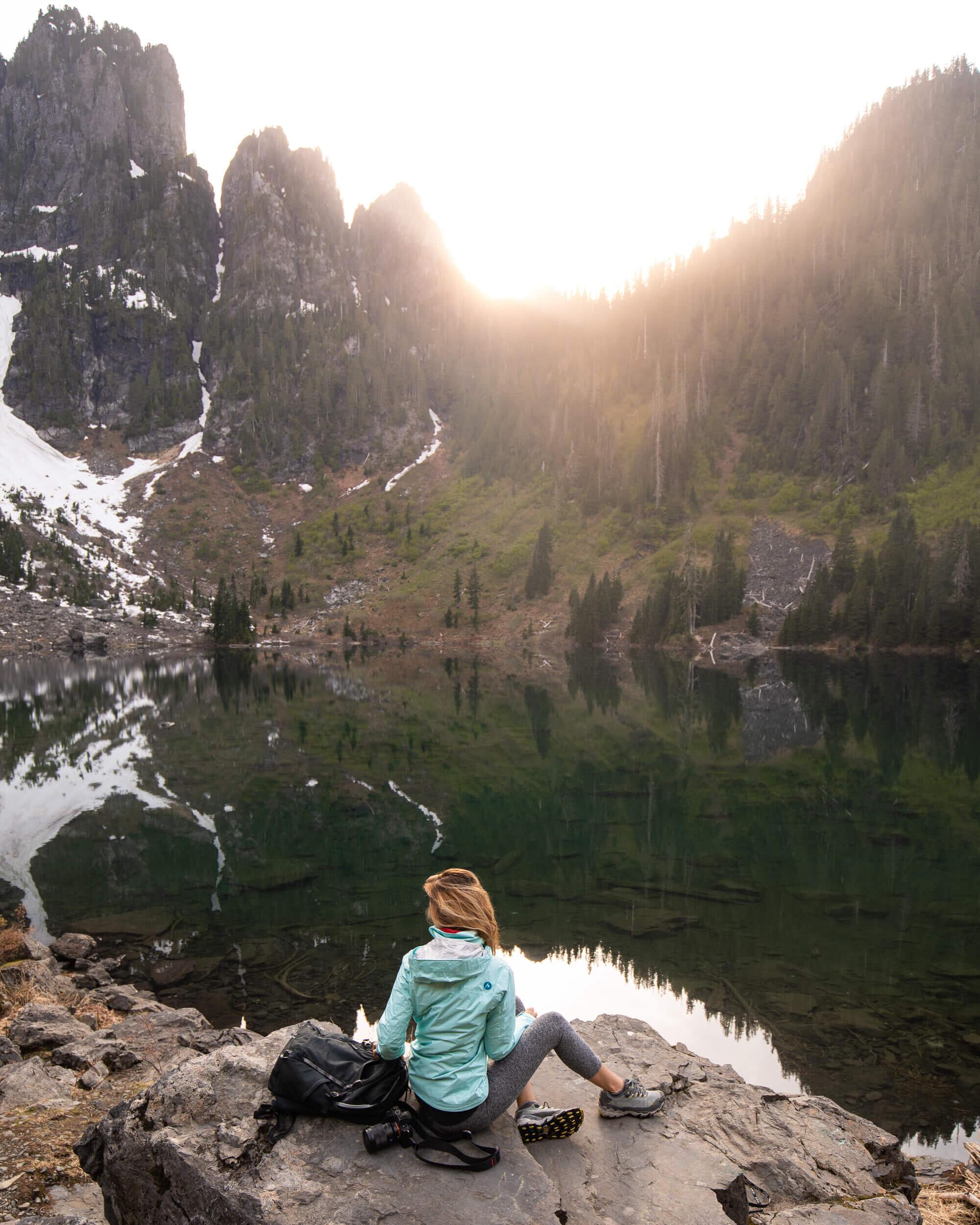 Lake 22 hike in Washington. Wearing:  rain jacket ,  trail running shoes ,  leggings  // Photo by  Kyle Kotajarvi
