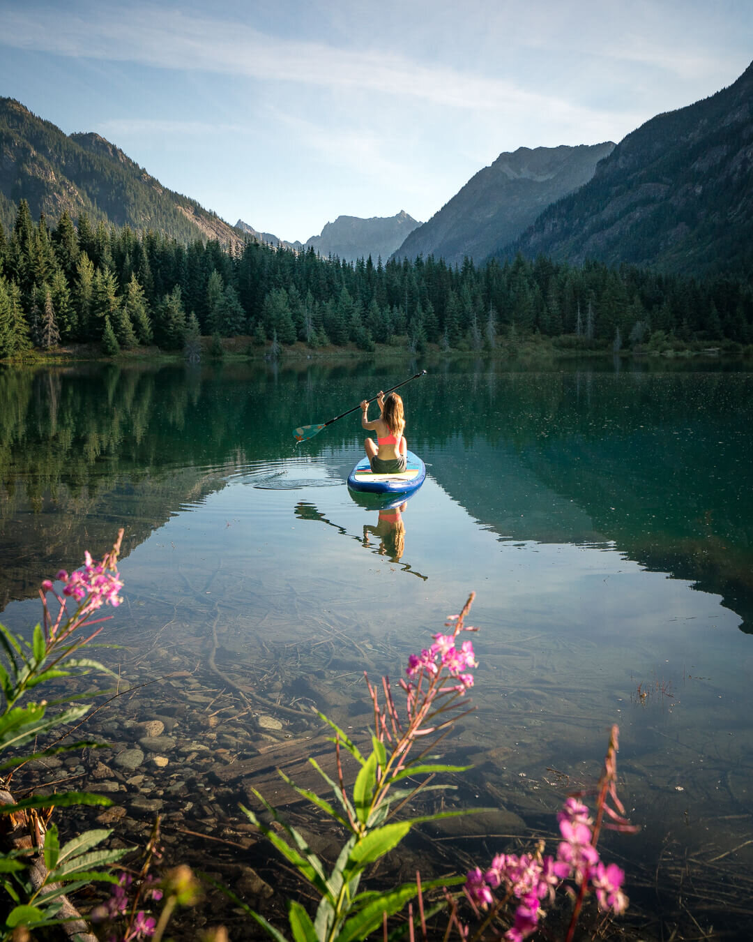 Early mornings at Gold Creek Pond. Note: Gold Creek Pond was formally a gravel pit mine. Consequently swimming in the water is not permitted.