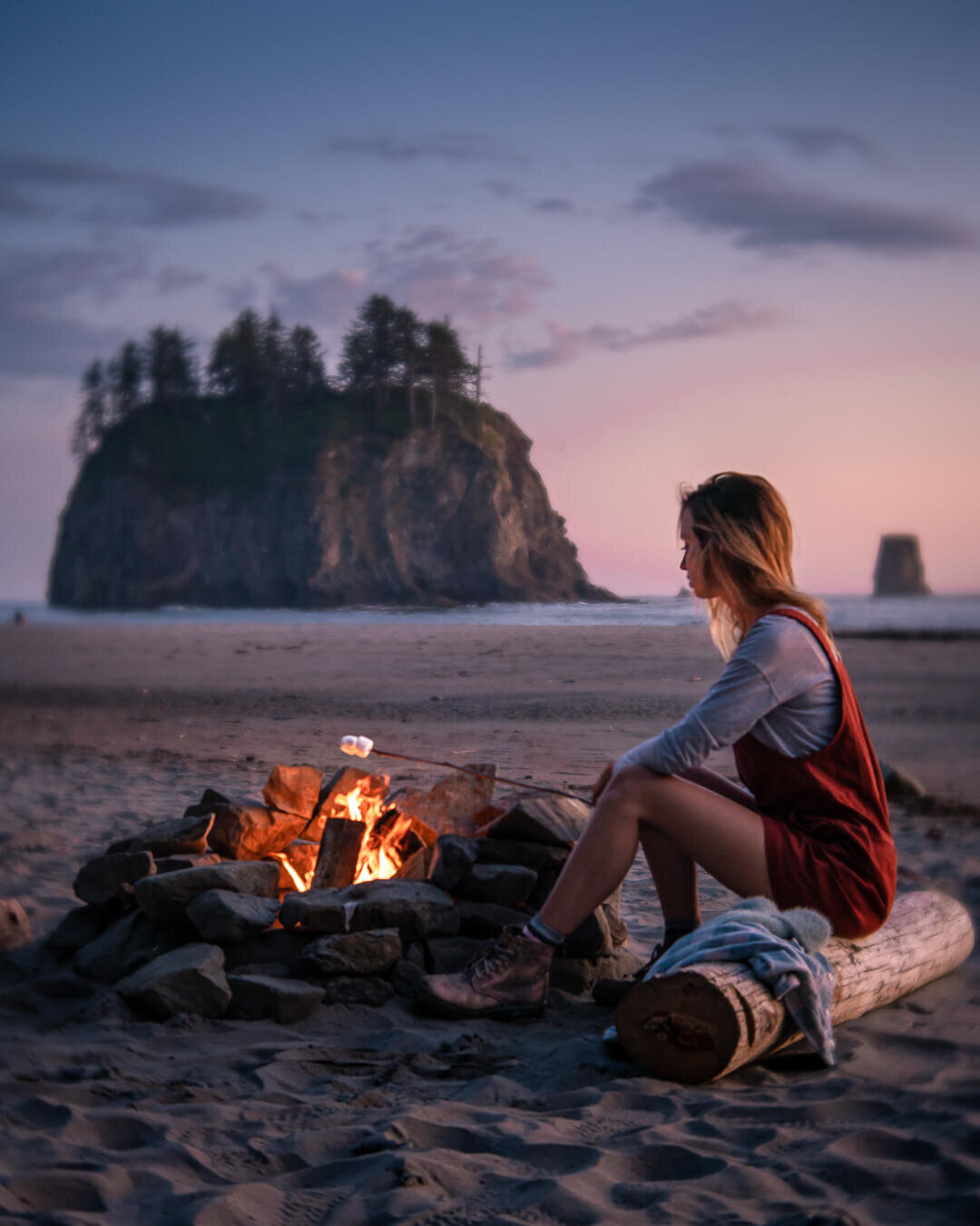 Roasting marshmallows over the camp fire at Second Beach on the Olympic Peninsula. Wearing: Toad&Co  Jumper  ,The North Face  Long Sleeve Shirt , and Blundstone Lace-Up  Boots .
