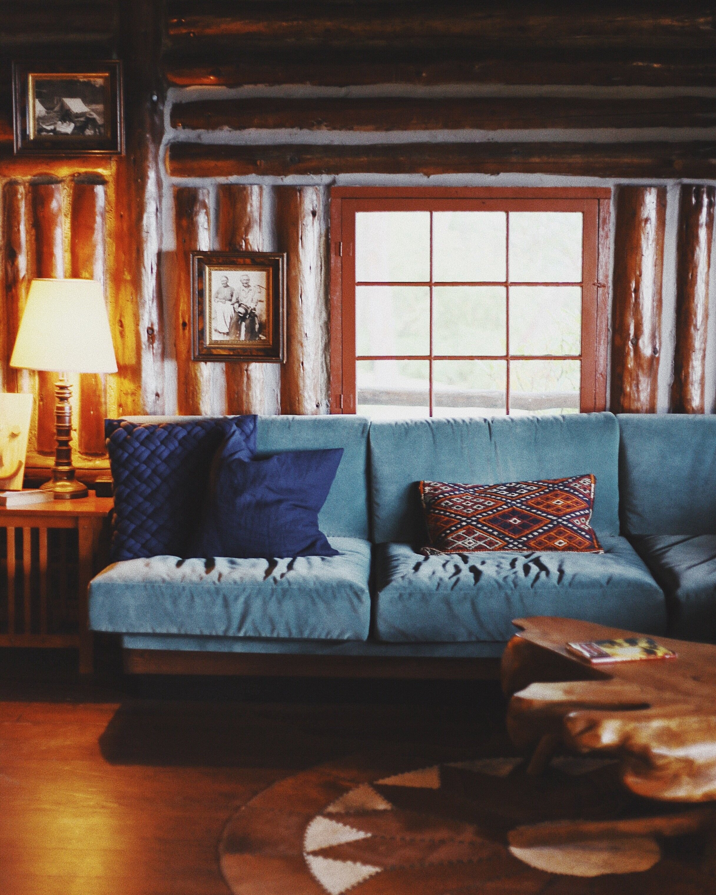 Next time I'm up on Whidbey I'd love to stay at Captain Whidbey. Love their rustic style!