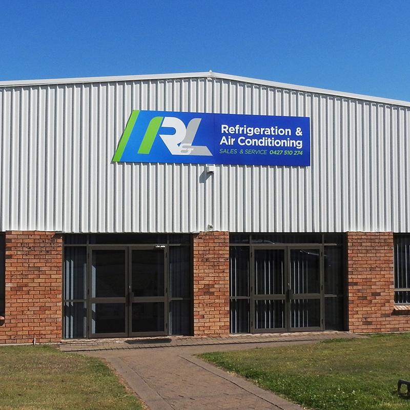 R and L shopfront sign