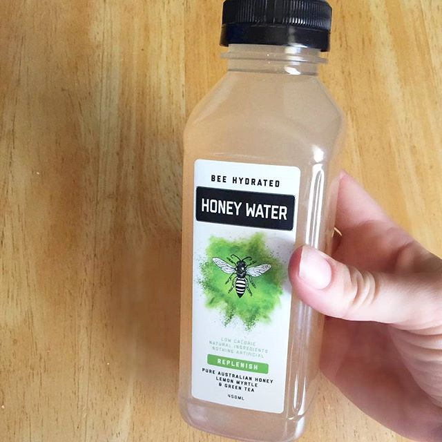 Bee Hydrated with Green Tea and Lemon Myrtle Honey Water 😋 . @itsmissmeliss24 💚 #beehydrated #honeywater #yay #friyay #australia #savethebees #australian #australiandrink #healthdrink #healthfood #honeycomb #flowers #brisbaneflowers #melbourneflowers #sydneyflowers #adelaideflowers #byronbayflowers #melbournecafe  #melbourneweather #brisbane #Brisbanecafe #Brisbaneweather #Brisbanebrunch #Byronbay #byronbaycafe #byronbaylunch  #sydney #sydneycafe #sydneyweather