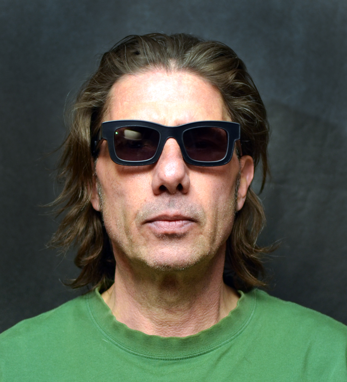 b-anti-surveillence-eyewear-irpair-phantom-reflectacles.jpg