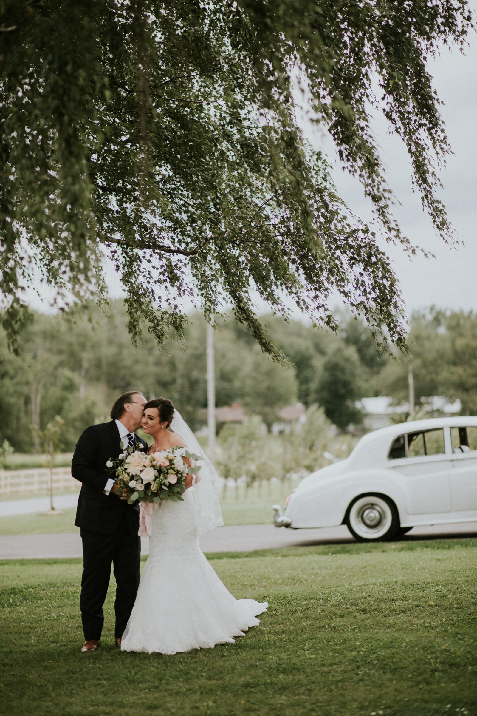 Earth to Table wedding photographer