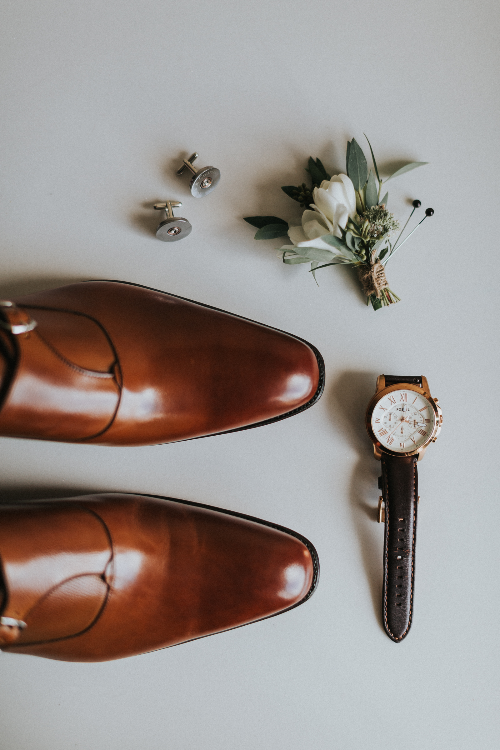 mens wedding boutonniere shoes