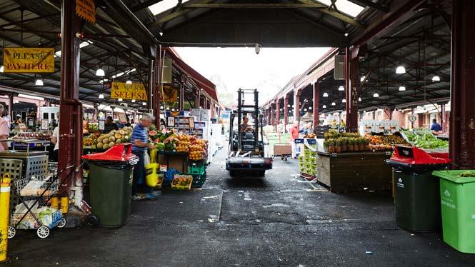 7am Market operations: forklift