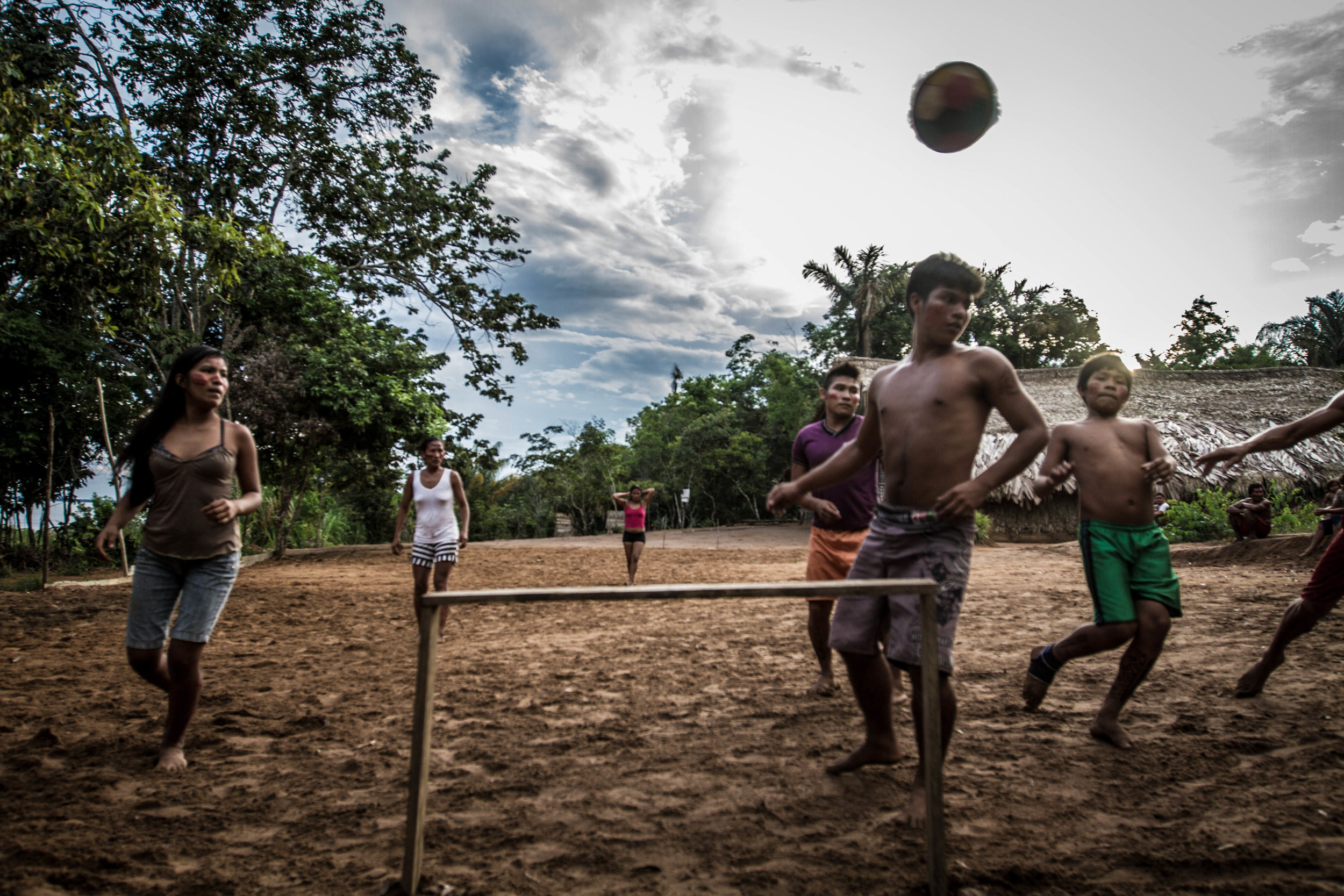 pedro bayeux tribe play 2.jpg