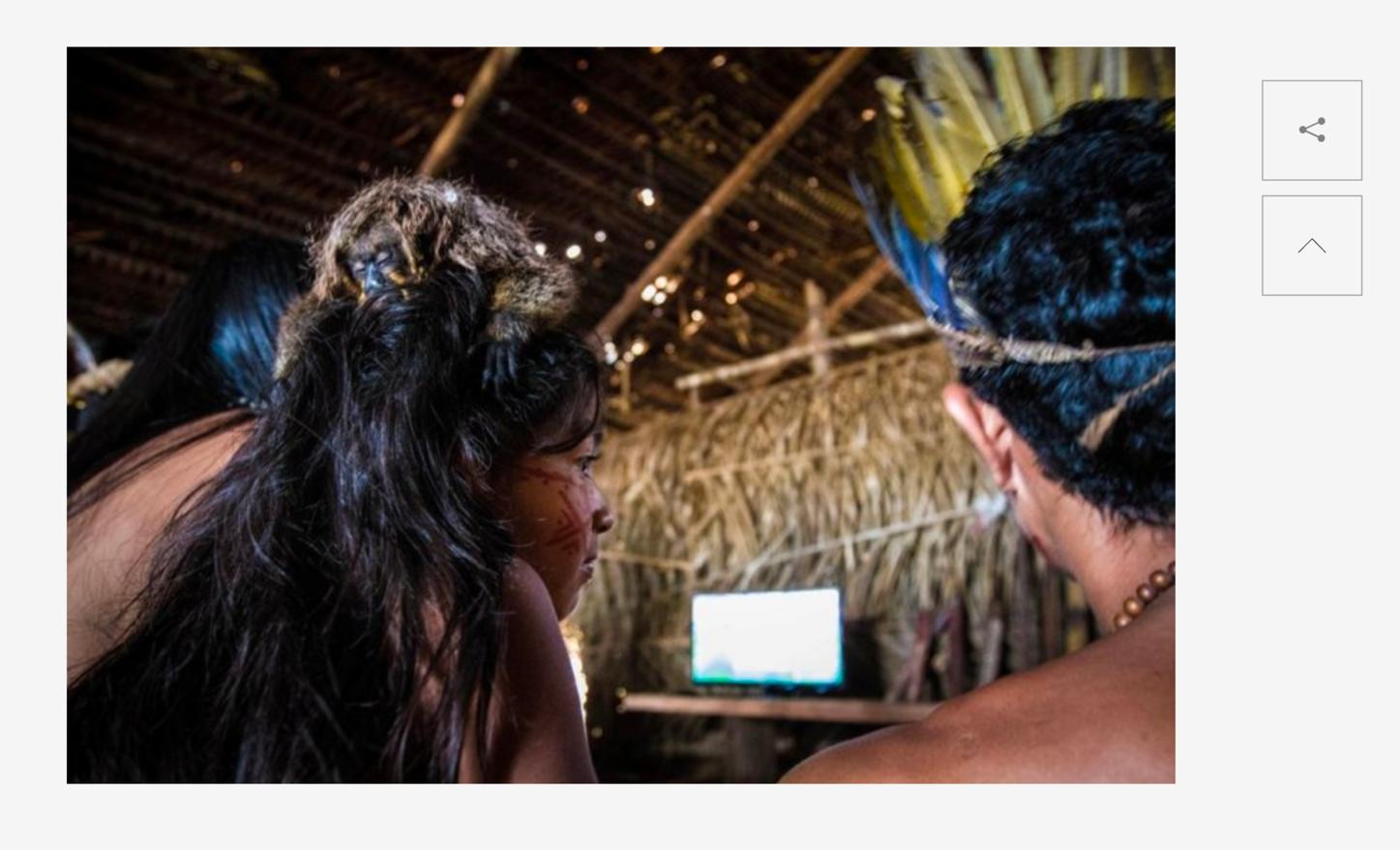 http://www.lense.fr/news/voyagez-en-plein-coeur-de-la-foret-amazonienne-en-compagnie-dune-tribu-pour-regarder-la-coupe-du-monde/