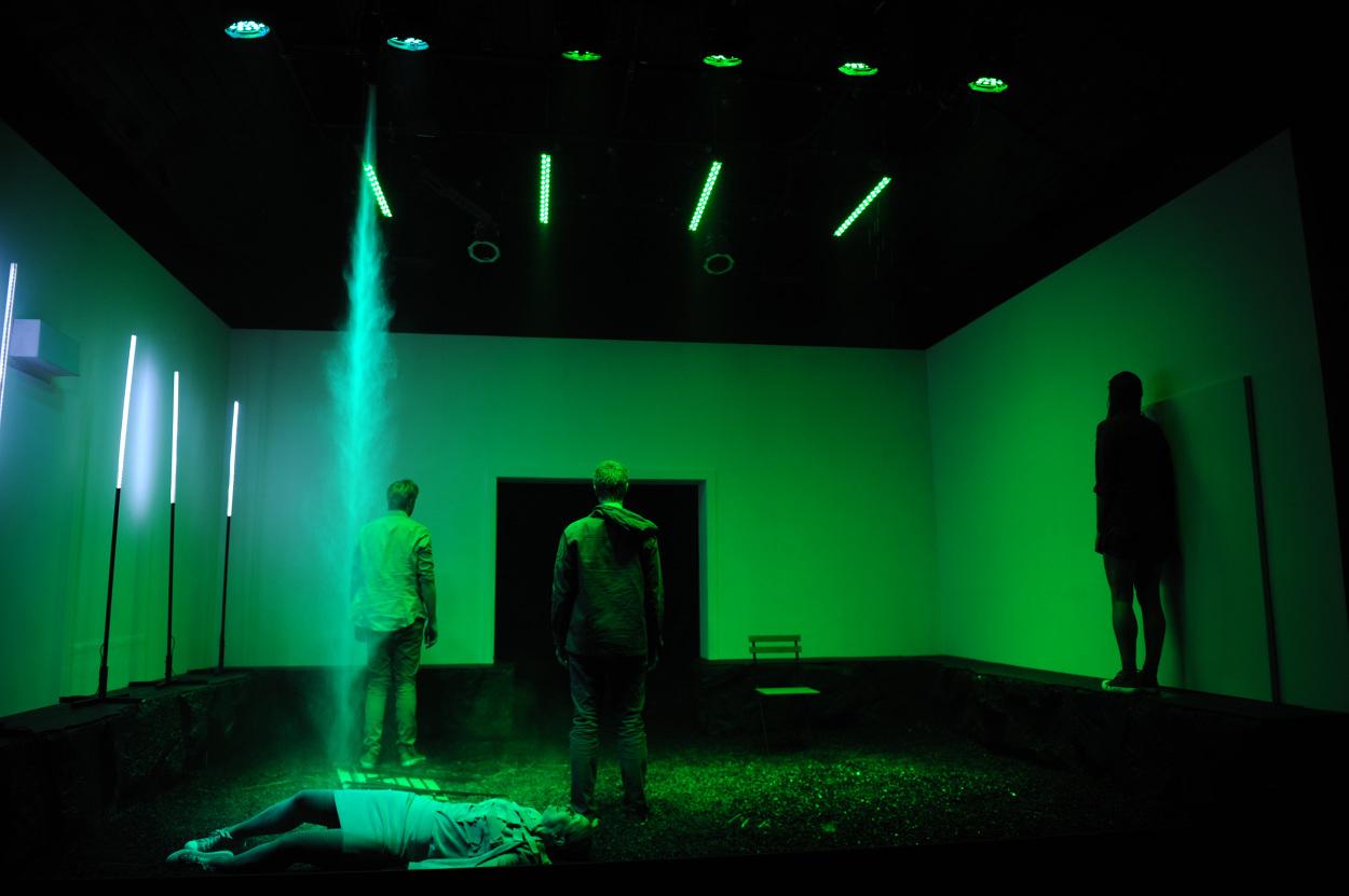Red-Stitch-Actors-Theatre---SUNSHINE-Photo-by-Jodie-Hutchinson_1250.jpg