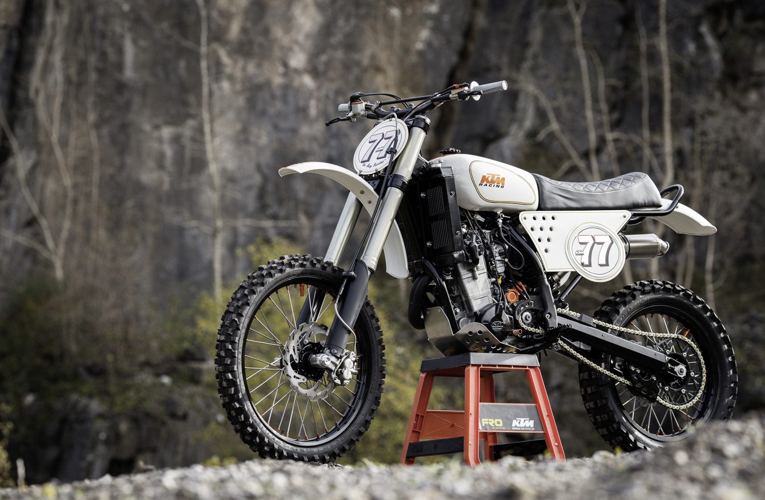Inspired by old Maicos motocrossers and customer guru Roland Sands, Dan Ridge set to work on the shonky KTM clogging up his shed.