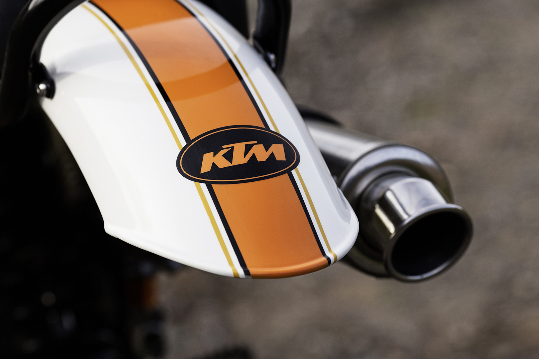 KTM mud guard.jpg