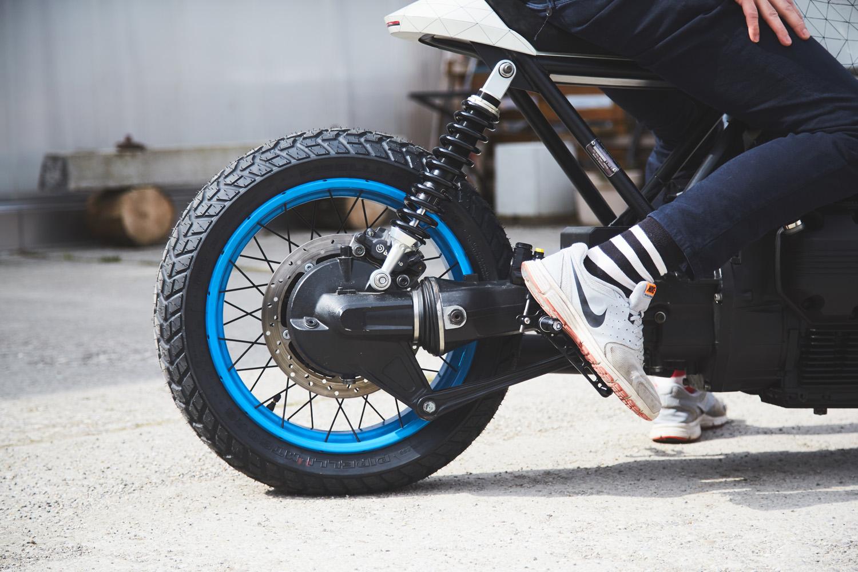back wheel blue rim.jpg