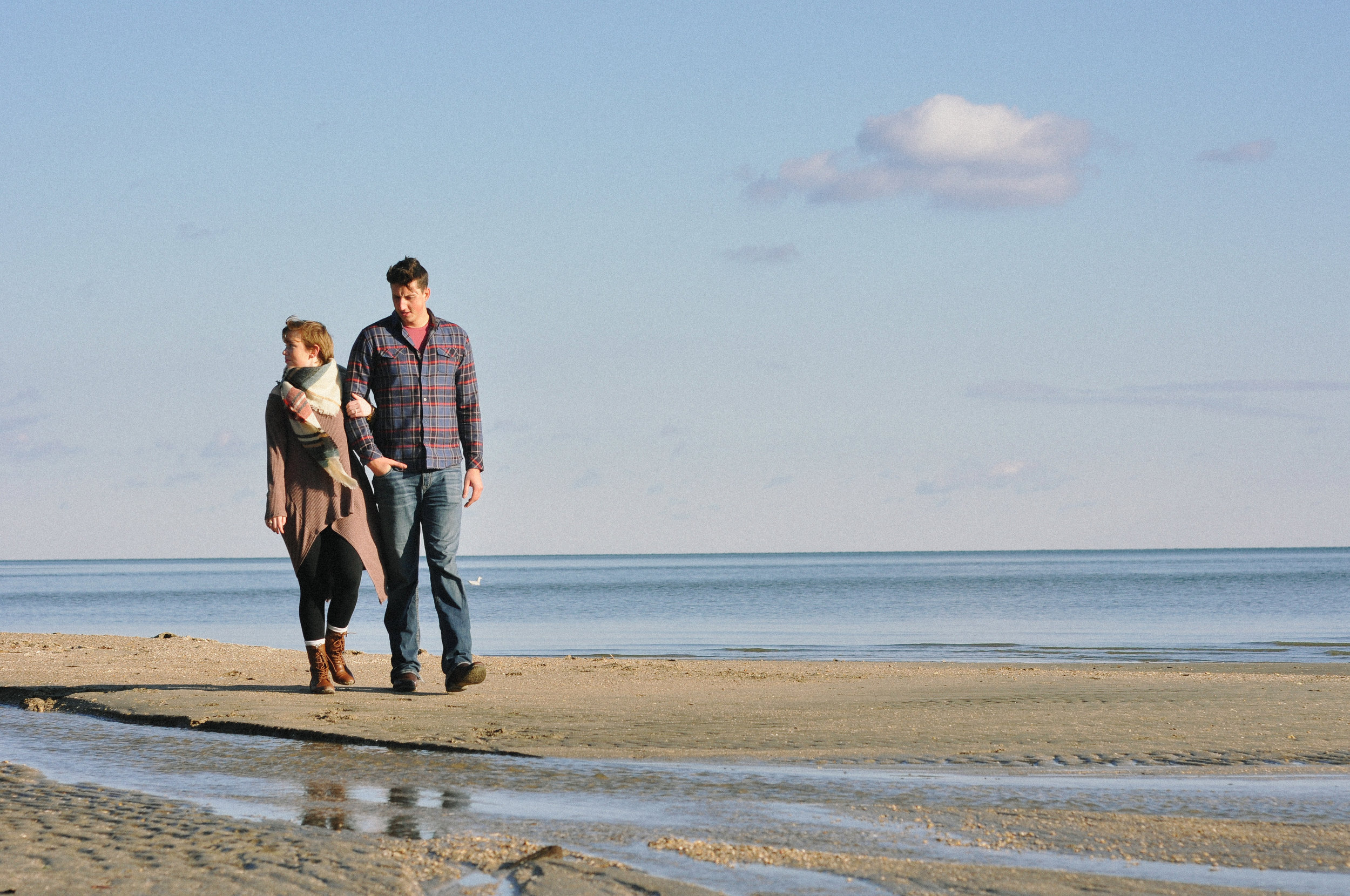 winter-beach-couples-session-maryland