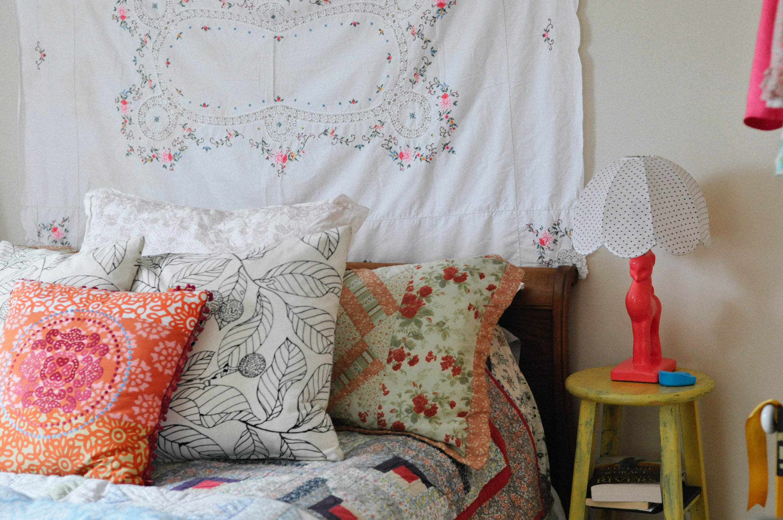 creative-family-in-home-session-farmhouse  beautiful linens 1.jpg