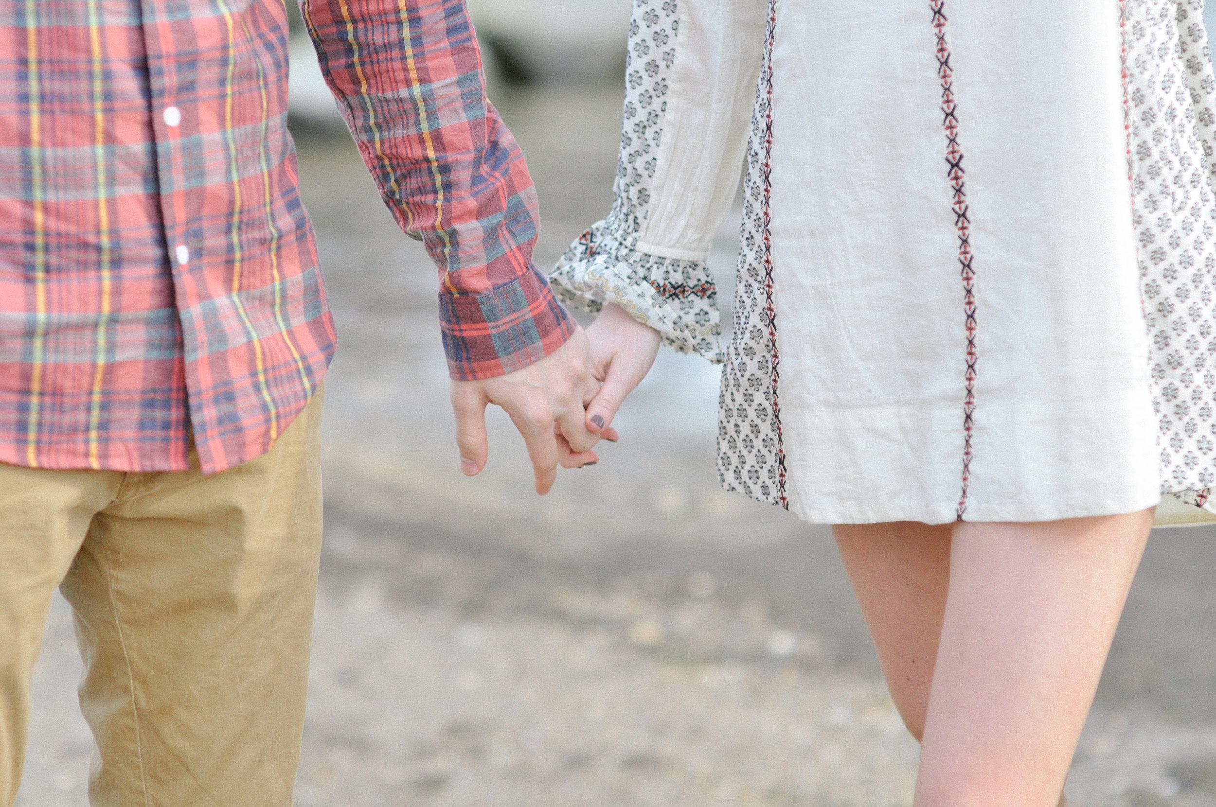 engagement-session-north-beach-chesapeake-beach hands in love.jpg