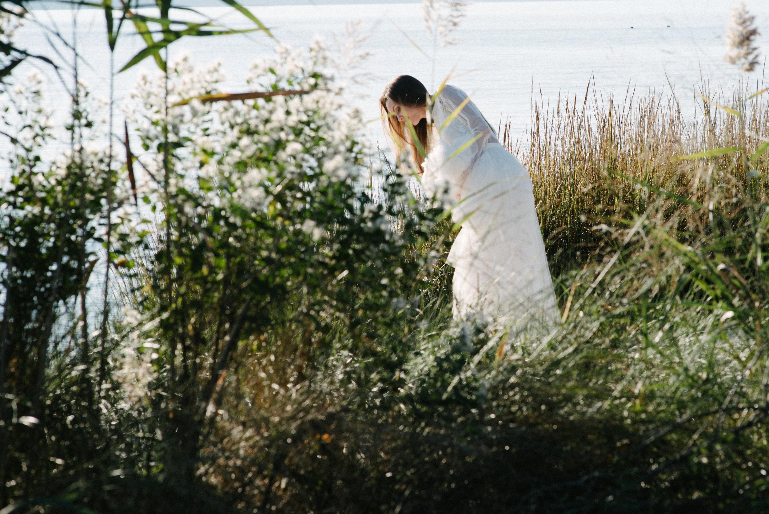 sister wedding dress photo shoot-34.jpg