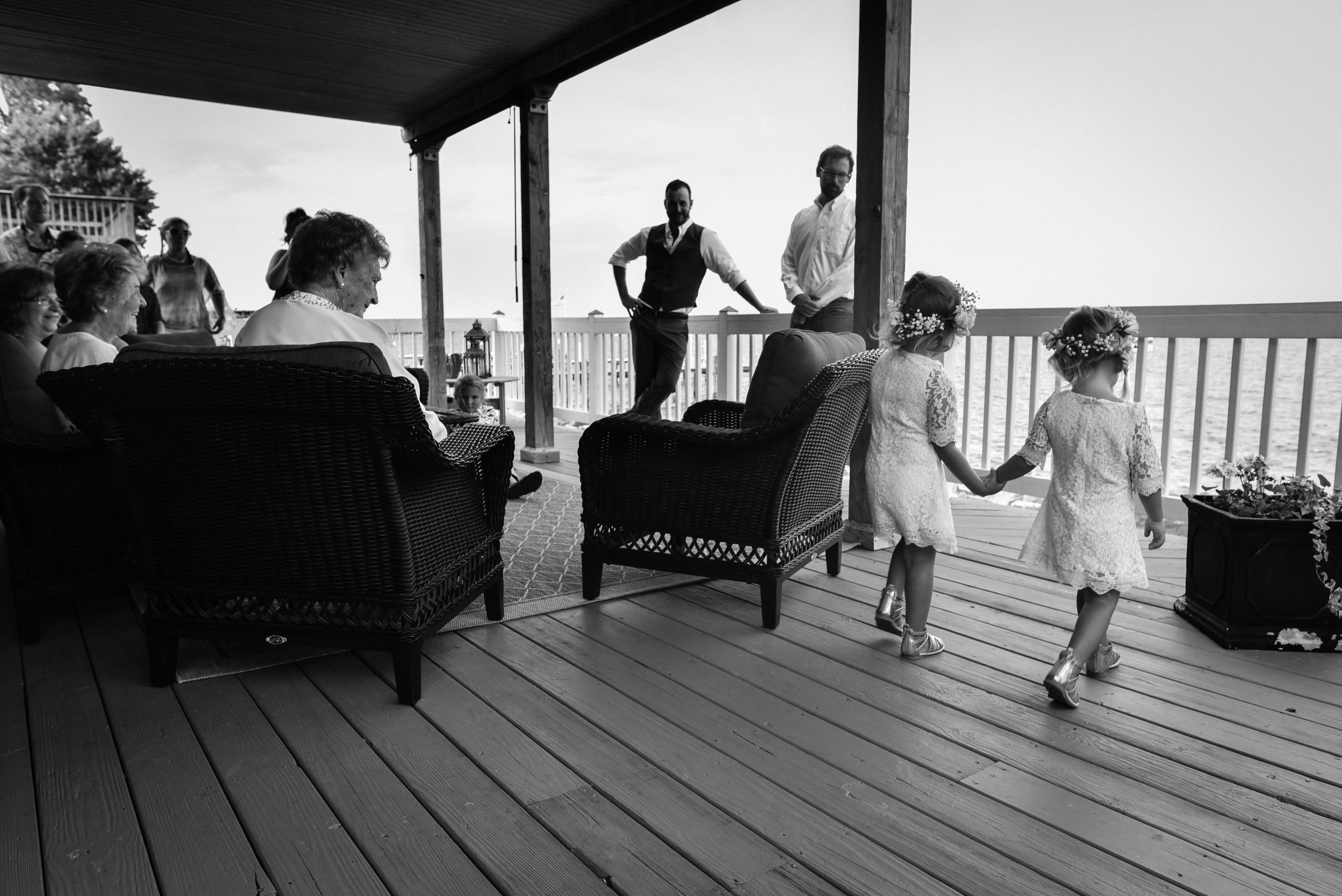 chesapeake_beach_backyard_wedding-37.jpg