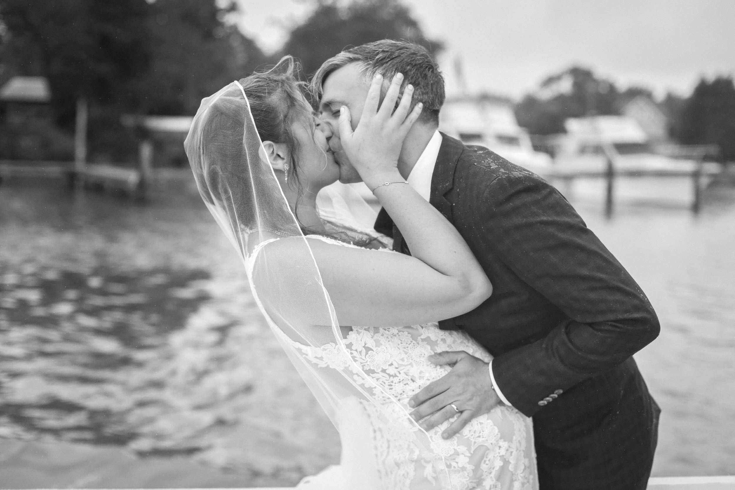 happy_harbor_deale_wedding_sneak_peek-8.jpg