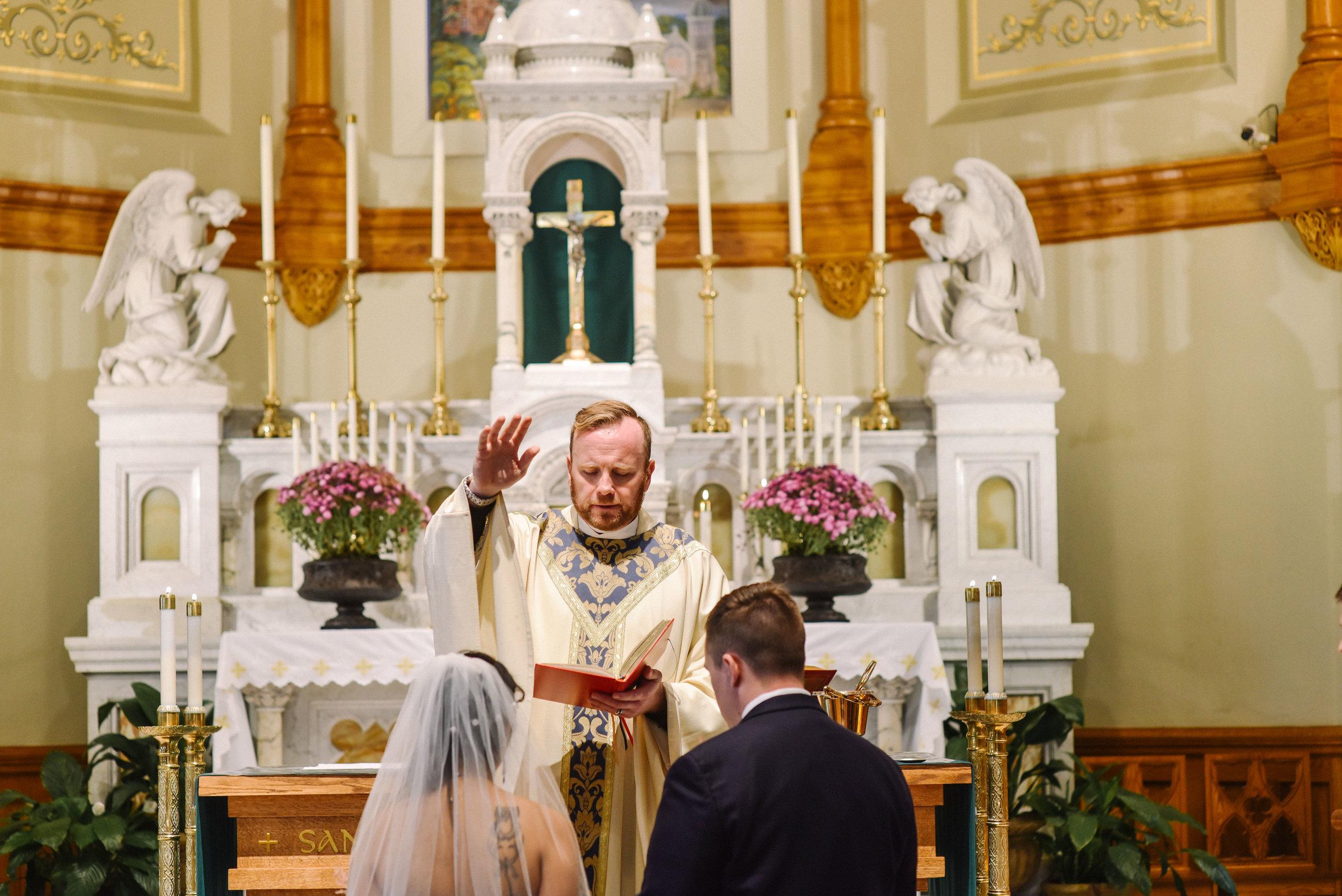 st_augustine_church_elkridge_wedding-73.jpg