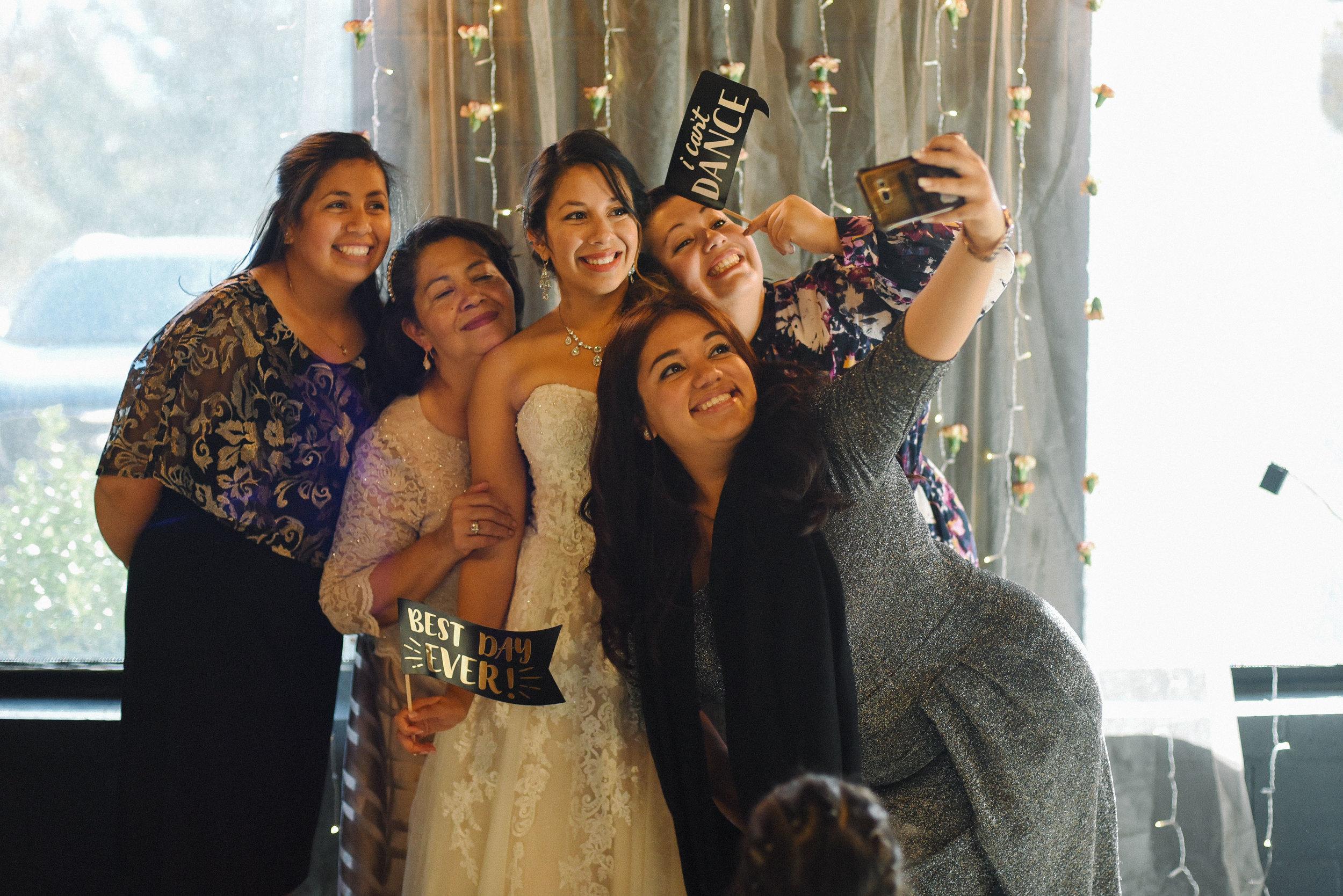 maryland_wedding_photographer_jailbreak_brewing-9.jpg