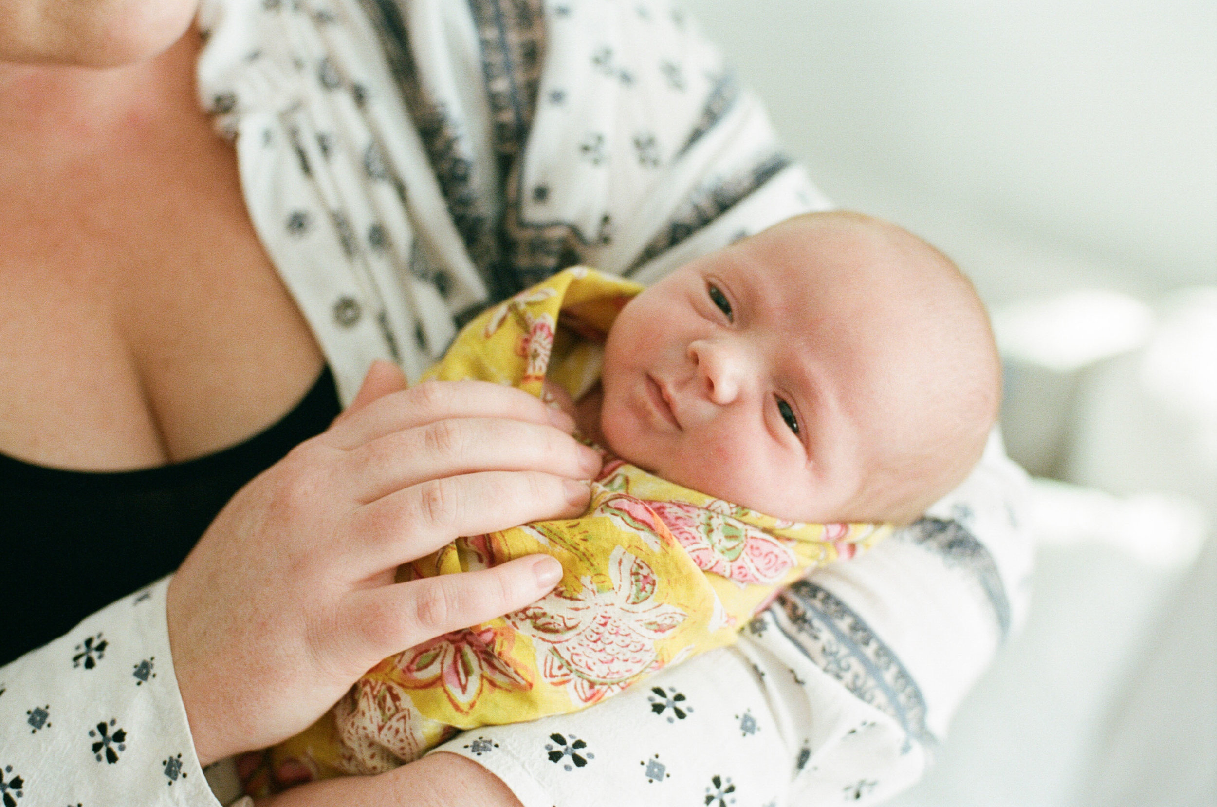 newborn session-11.jpg
