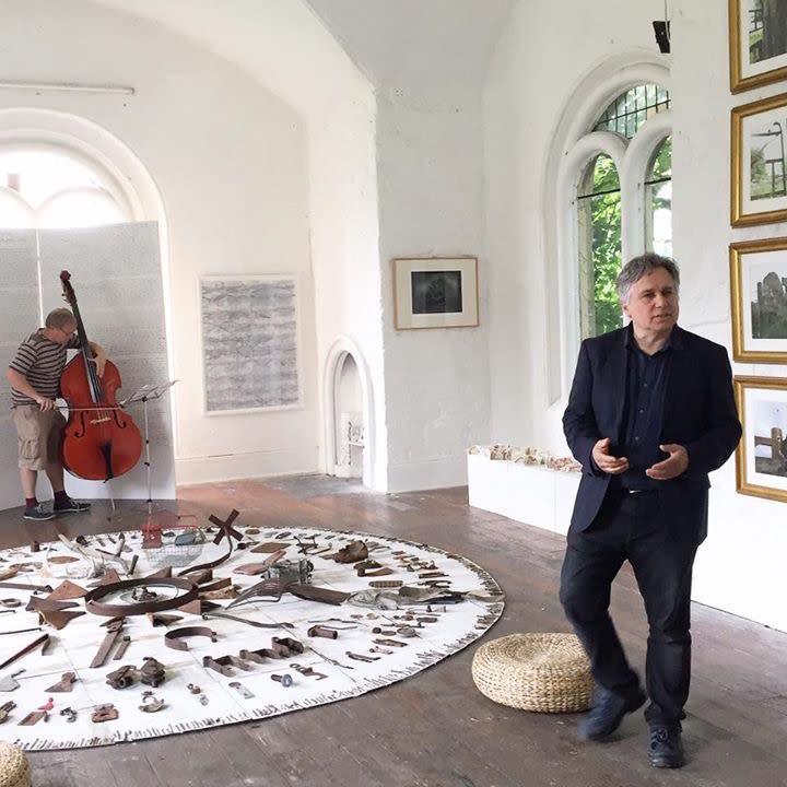 Tom Morris and Gavin Irvine perform Cabeza De Vaca.jpg