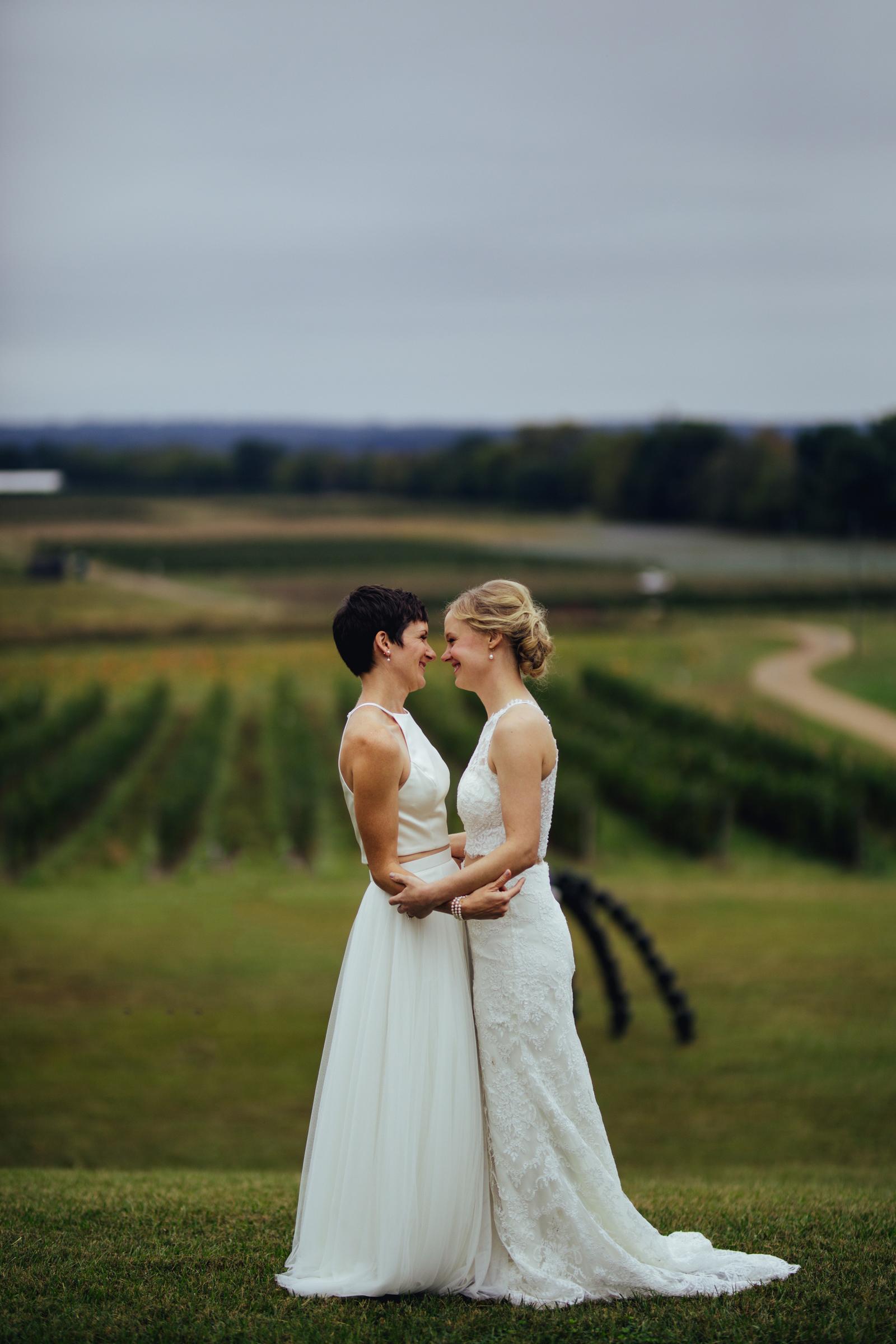 lesbian-farm-wedding