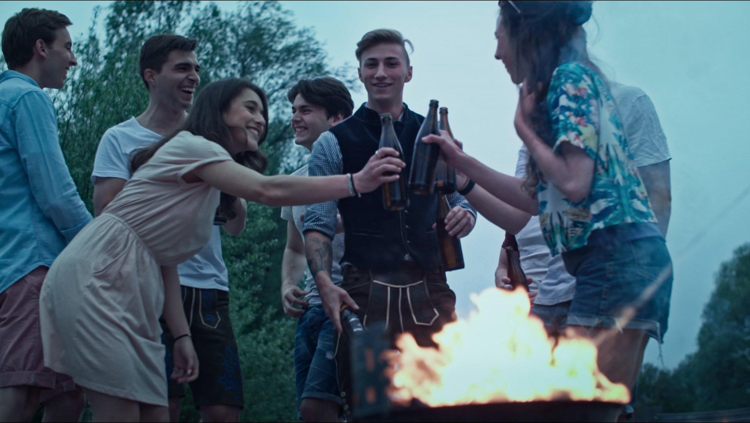 Deine Isar 2017_Party Gruppe.jpg