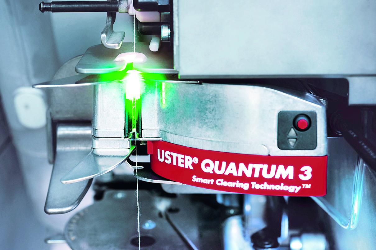 Für die Entwicklung neuer Technologien und Produkte ist eine effiziente Zusammenarbeit zwischen USTER Mitarbeitenden in der Schweiz, USA, China oder Indien zentral.