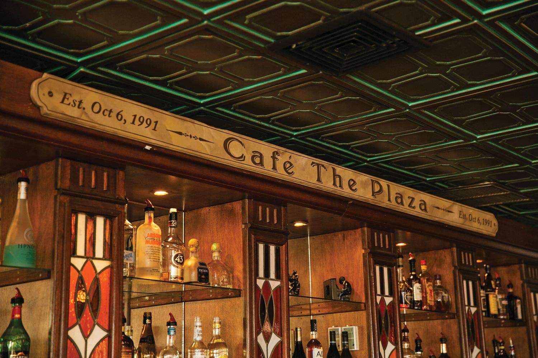 CafethePlaza_Interview_AW_28_V6.jpg