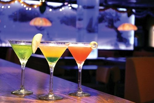 Aruba Restaurants | 7 West Bar Restaurant Aruba Cocktails
