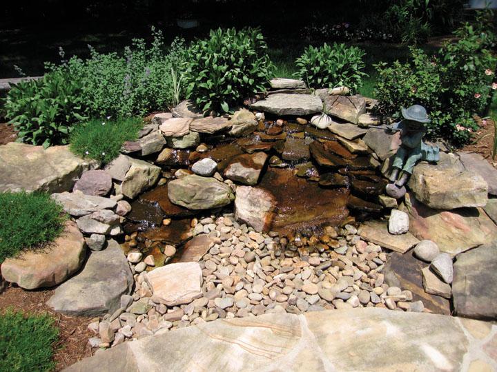 Foxcroft custom water feature