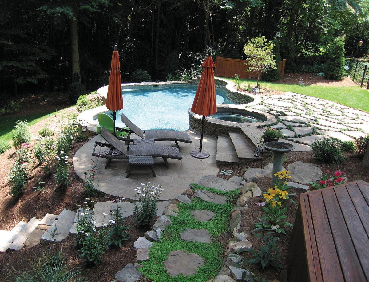 Sloped back yard pool, landscaping