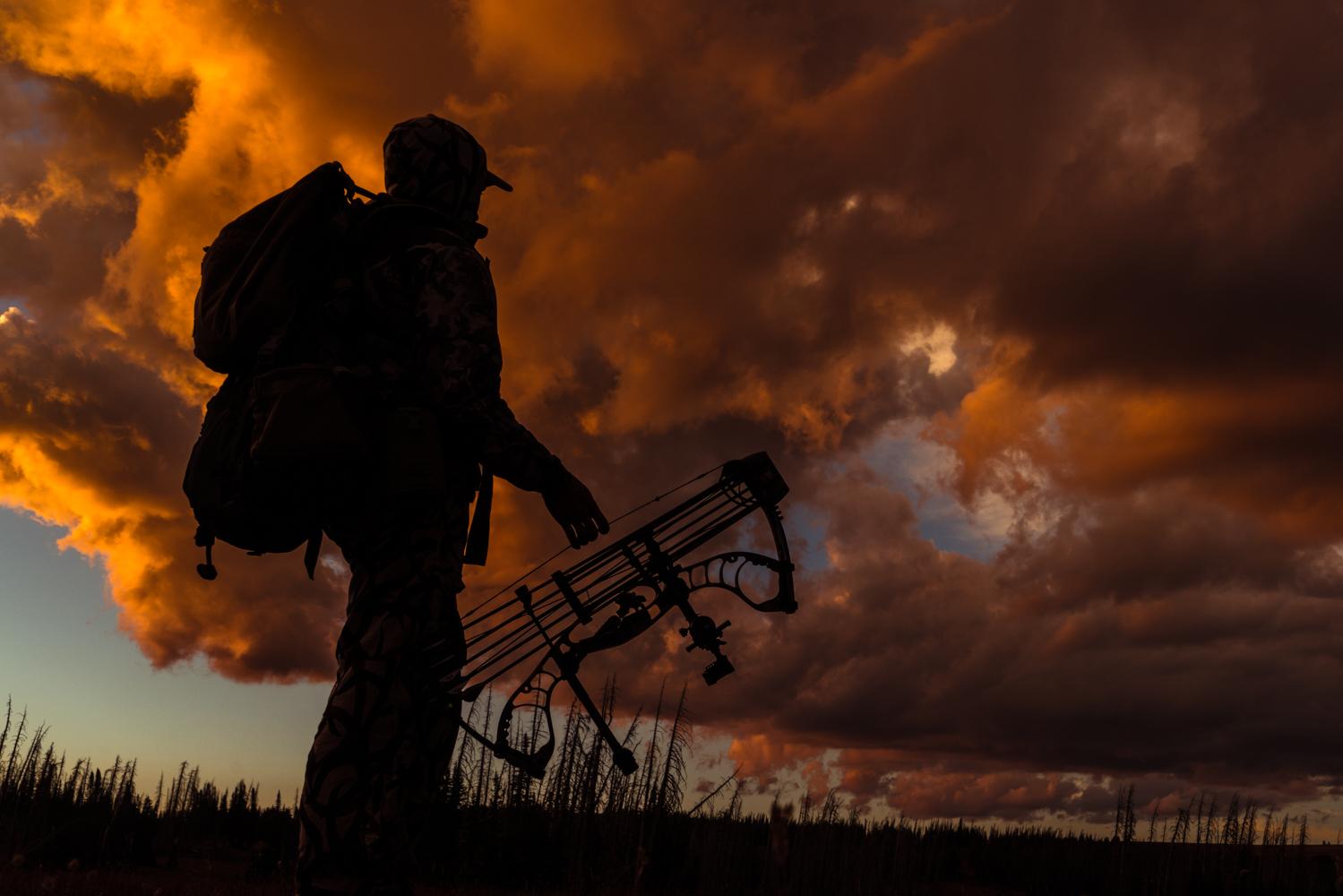 bow-hunter-sunset