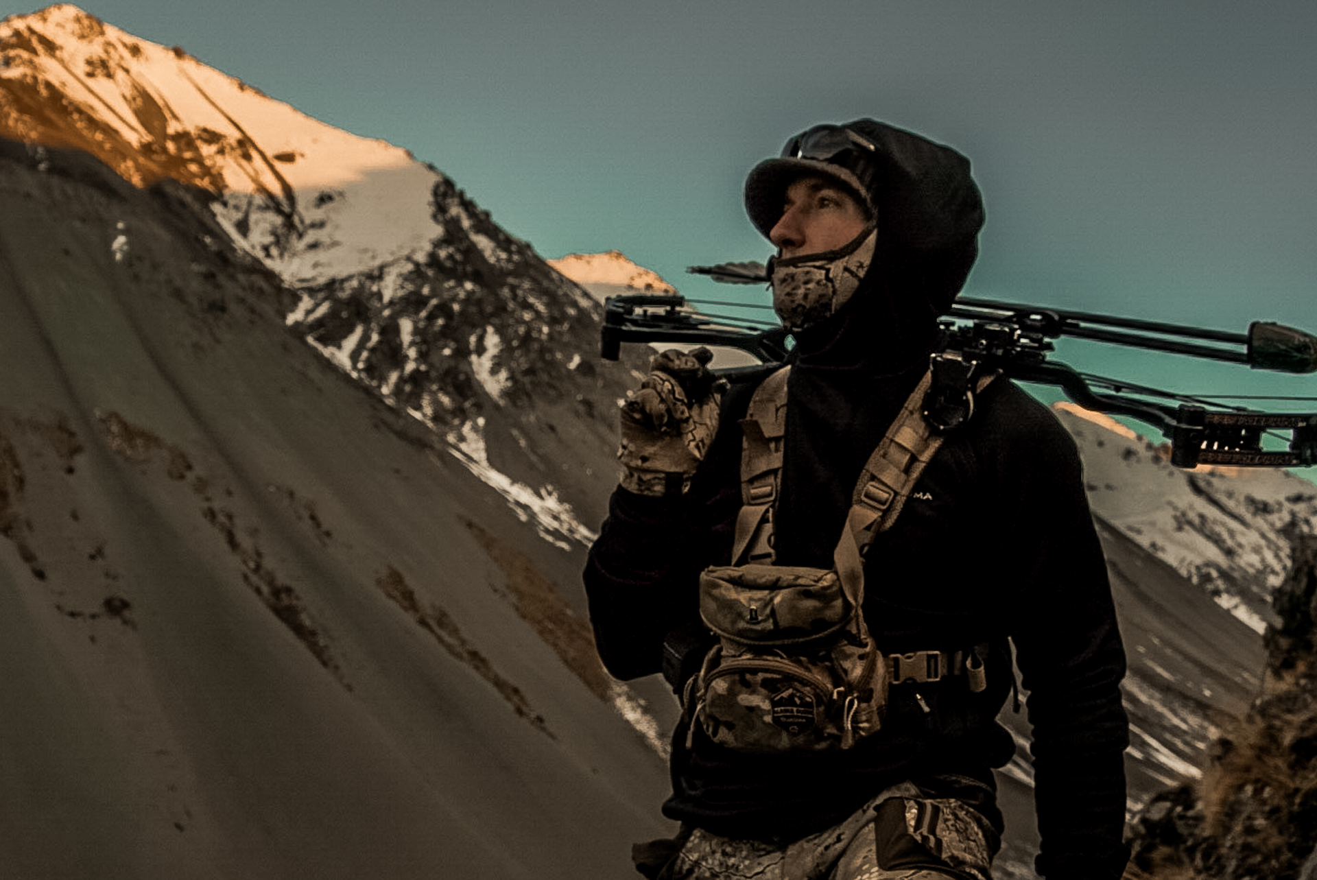 Fred Bohm Bow Hunting Tahr New Zealand