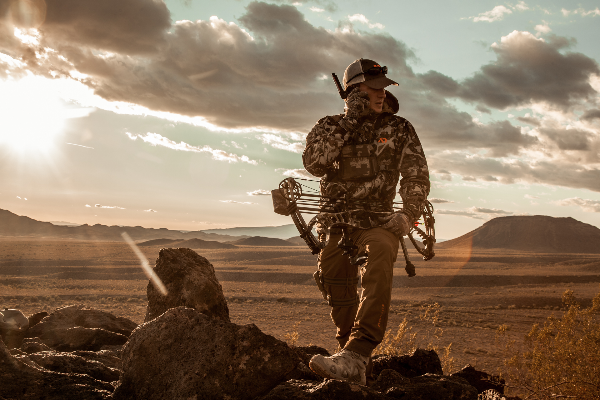 satellite phone bow hunter
