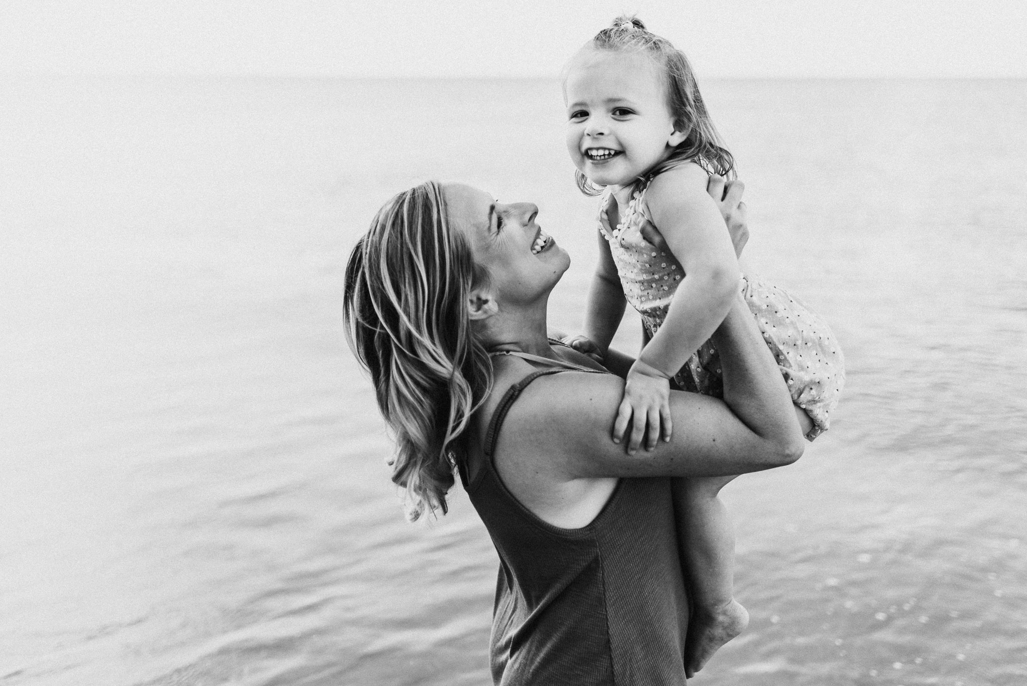 Hampton Roads and Virginia Beach Family Photographer-22.jpg