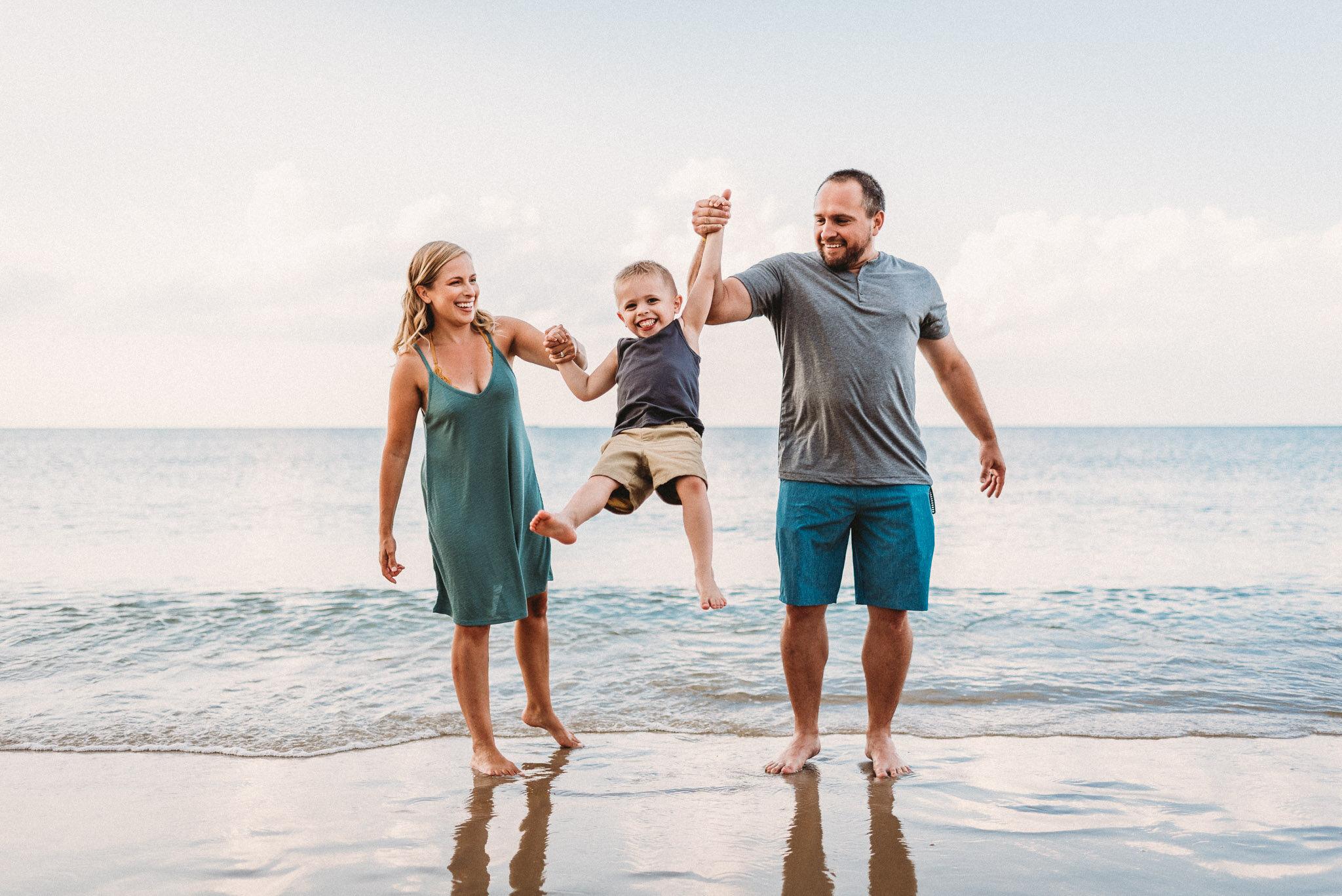 Norfolk and Virginia Beach Family Photographer-2.jpg