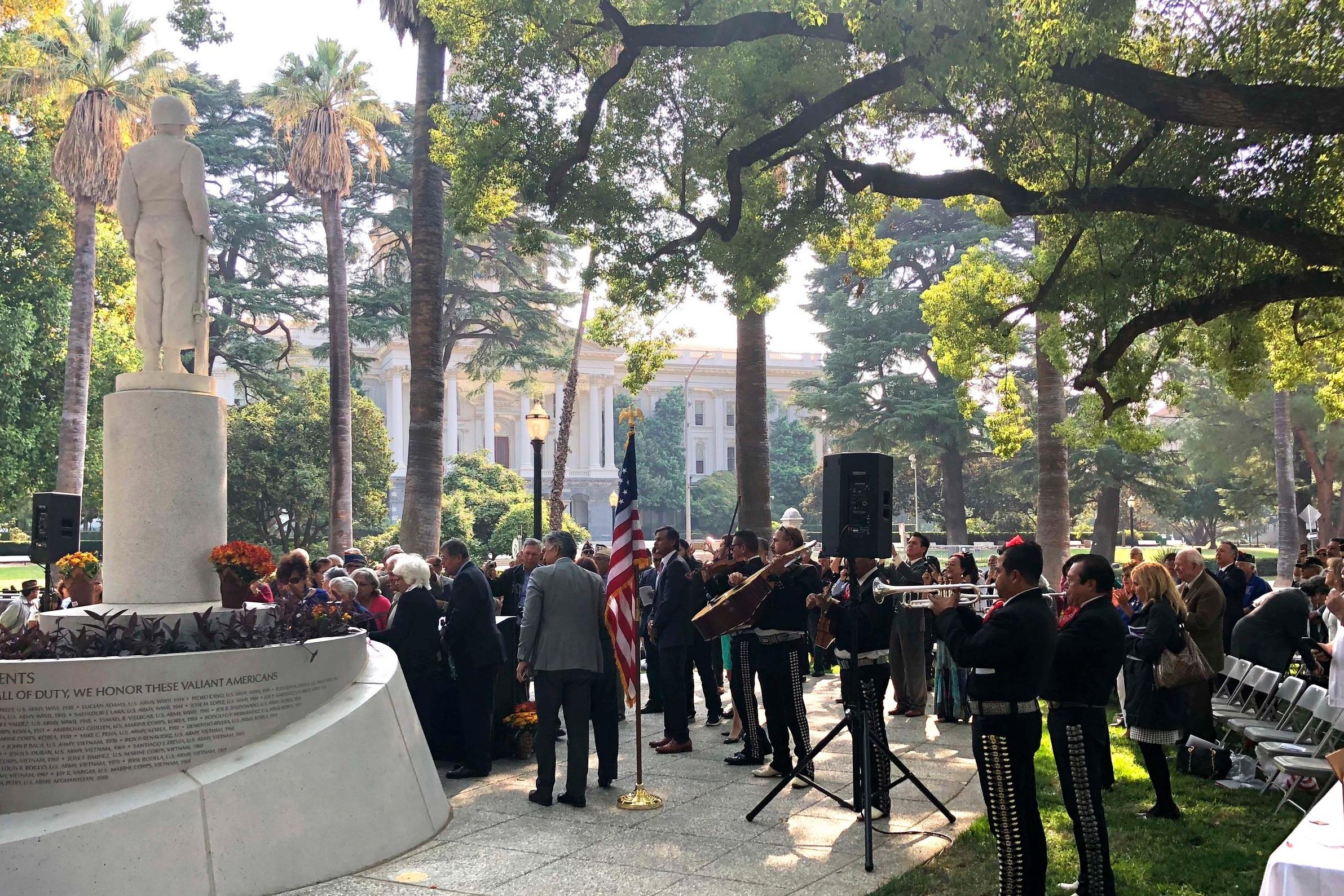 20171011 Mexican American Vets Memorial Dedication_Quad (12) web.jpg