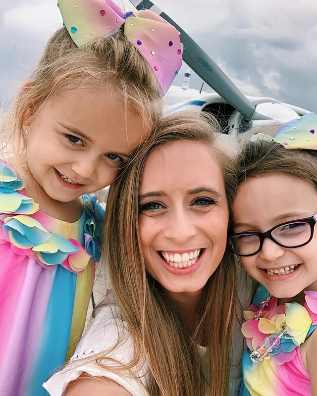 The best friends a girl could ask for! 👯♀️ #nieces