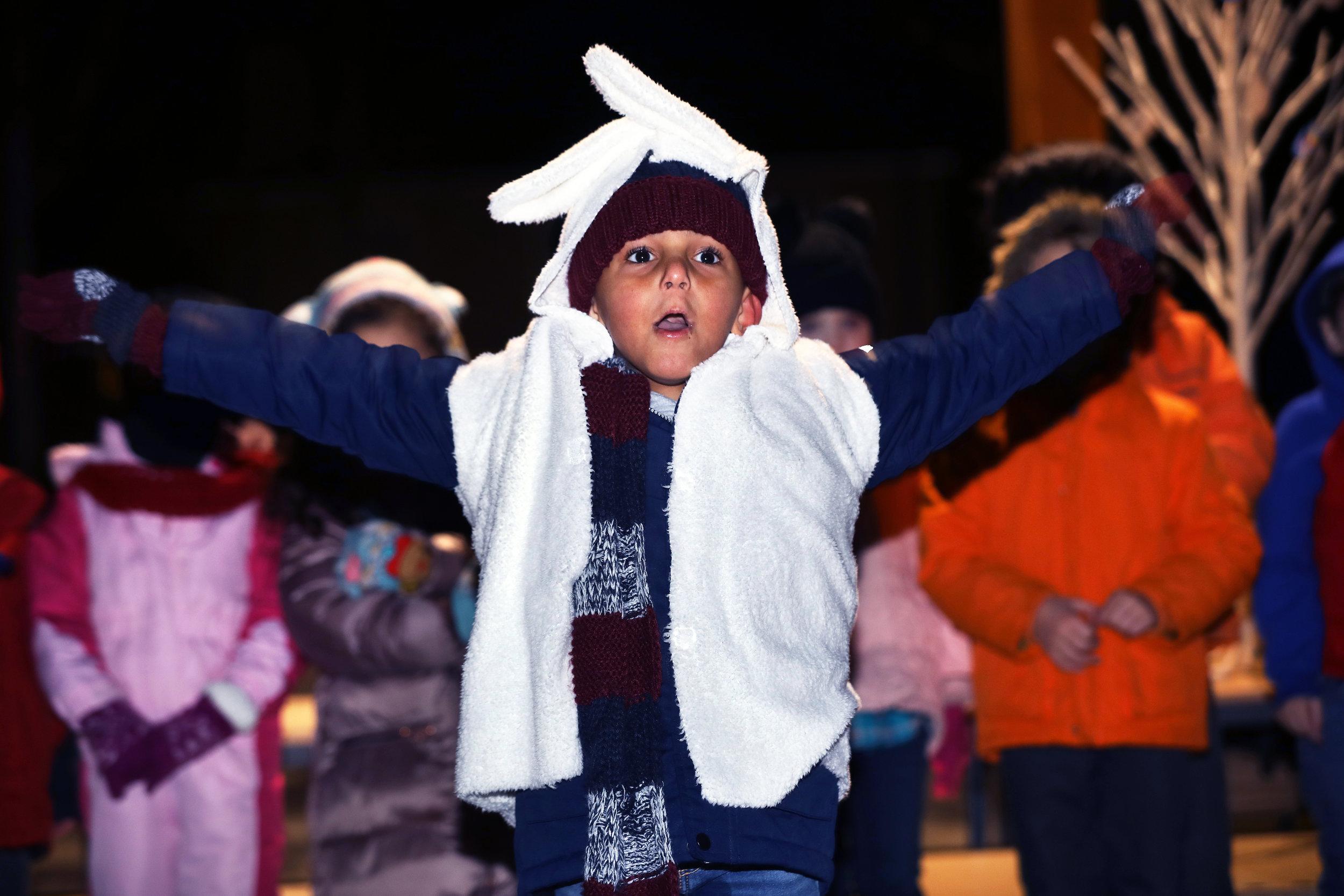 ESCA Christmas Carols and Puppet Show 15-12-2017 (7).jpg