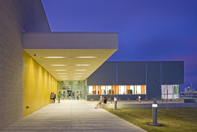 Silverlan Middle School Exterior