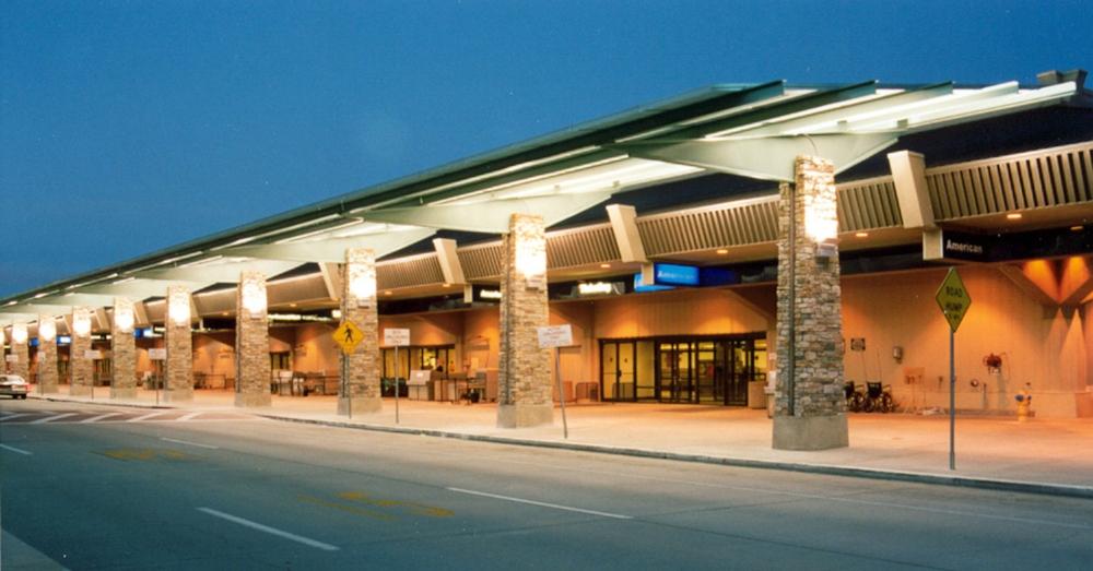 RENO-TAHOE AIRPORT CANOPY