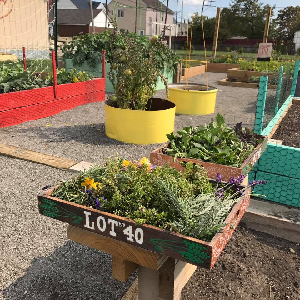 Lot40-Garden-Brunch-1xRun-MITM-Lola00001.jpg