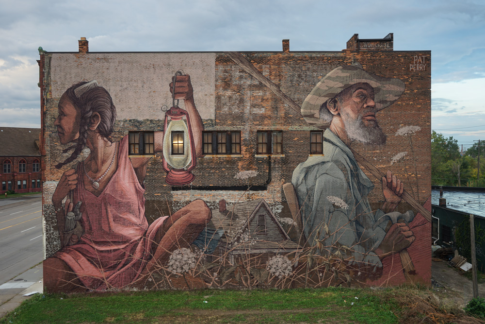 Photo of Pat Perry's (@heypatyeah) 2017 Mural by Halopigg (@halopigg)