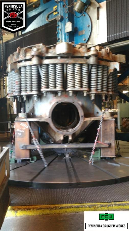 7'crusher mainframe turning 170823.jpg