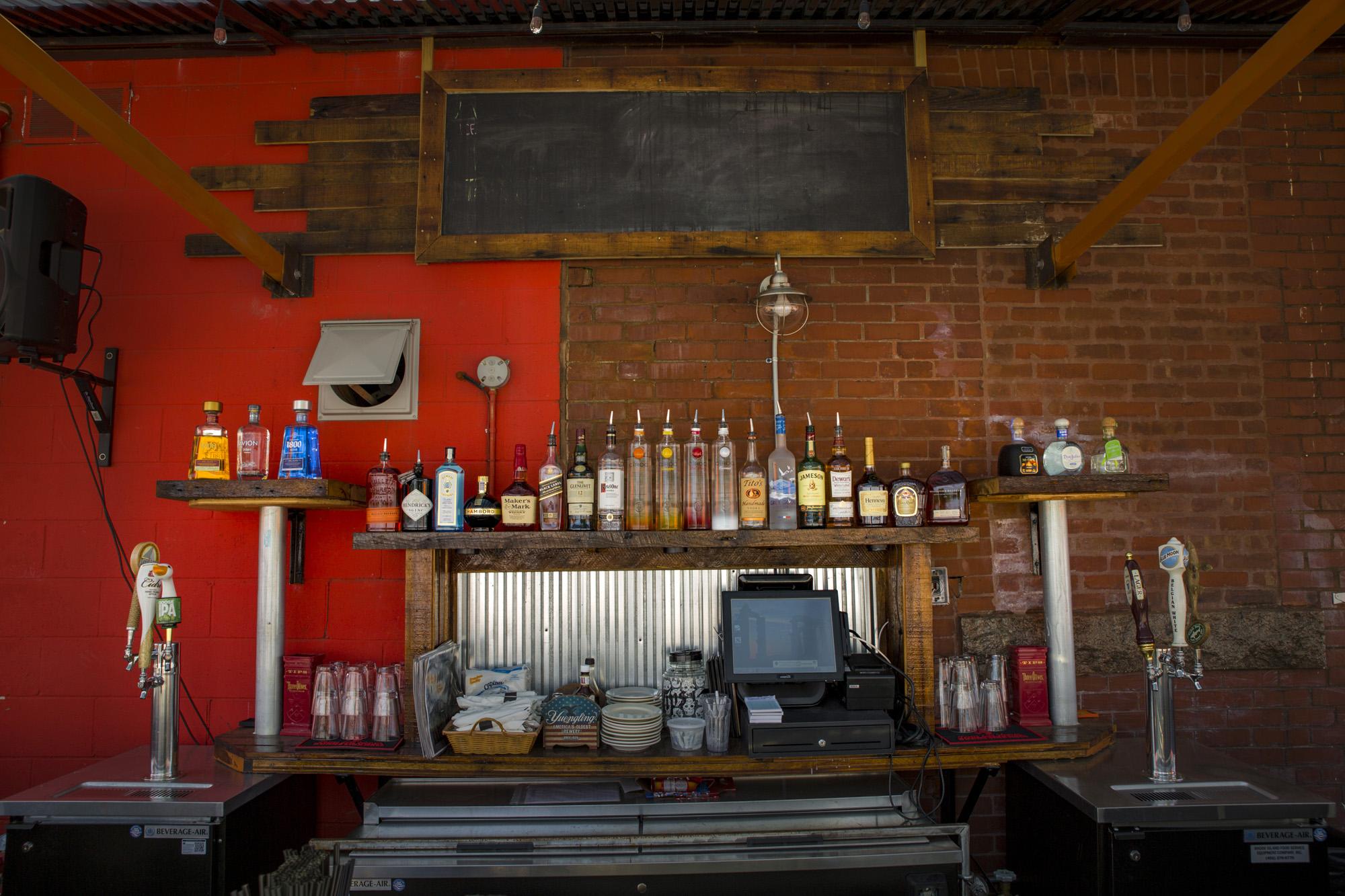 Outside bar two 50